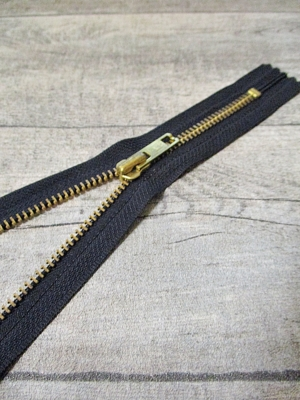 Reißverschluss schwarz messing 18 cm lang 3 cm breit YKK - MONDSPINNE