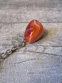 Edelstein Anhänger Edelsteinanhänger Taschenanhänger Achat rot mit Schlüsselring - MONDSINNE