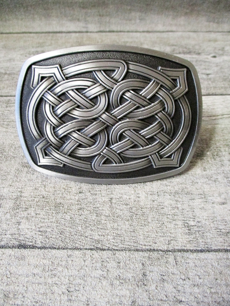 Gürtelschnalle Metallschließe Buckle silber schwarz Metall keltischer Knoten rechteckig - MONDSPINNE