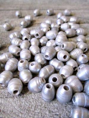 Süßwasserzuchtperlen 8-12x8-9 mm, Bohrung 3 mm - MONDSPINNE