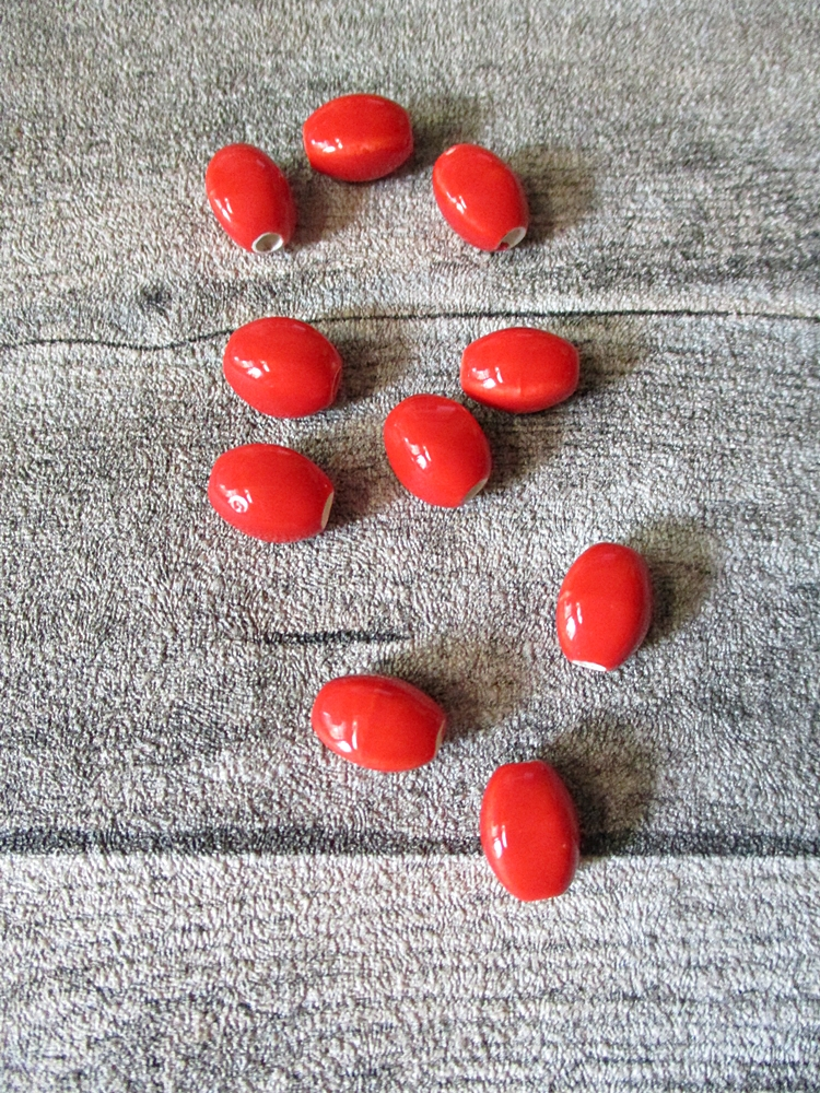 Porzellanperlen linsenförmig 12x9 mm signalrrot Großlochperlen Lochgröße 2,8 mm - MONDSPINNE