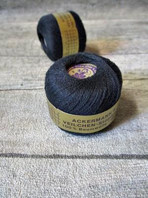 Veilchen-Stopfgarn Ackermann Baumwolle 20m 10g schwarz - MONDSPINNE