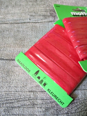 Biaisband Biasband Schrägband 12 mm 5 m nahtlos naadloos farbecht kleurecht blutrot - MONDSPINNE