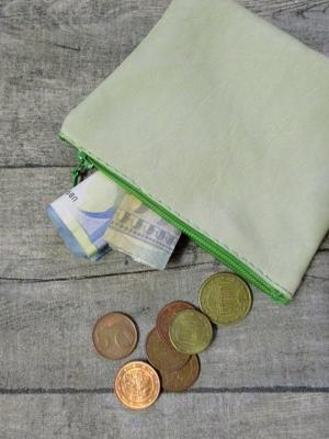 Mini-Börse hellgrün Ziegenleder - MONDSPINNE