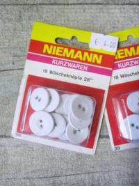 Wäscheknöpfe 18 Stück 17,5 mm weiß bezogen NIEMANN