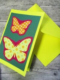 Grußkarte Klappkarte Schmetterlinge dunkelgrün-gelb - MONDSPINNE